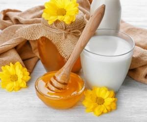 هل تناول العسل واللبن معا أفيد لصحتك؟