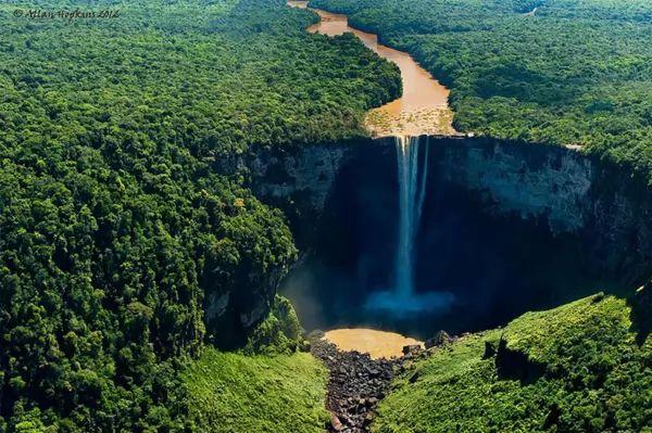 معلومات رائعة عن نهر الأمازون الشهير Amazon-river_10702_2_1537301384