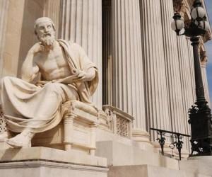 في وقت ما من عام 425 قبل الميلاد، نشر الكاتب والجغرافي هيرودوت كتابه ماغنوم أبوس والذي كان عبارة عن قصة طويلة عن الحروب الفارسية اليونانية، وقبل ...