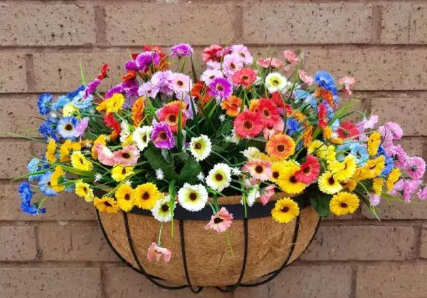 معلومات رائعة عن الزهور الصناعية بالصور Artificial-flowers_11068_1_1553877571