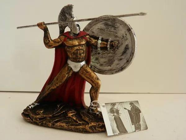 قصة الملك ليونيداس قائد مدينة إسبرطه Leonidas-history_11028_1_1551979994