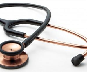 ماذا تعرف عن إختراع سماعة الطبيب ؟