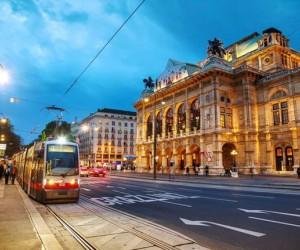 أصدرت وحدة المعلومات الإقتصادية، التصنيف العالمي السنوي للعيش لعام 2019، واحتلت فيينا المركز الأول في عامها الثاني على التوالي وأفصحت عن أفضل 10 مدن ...