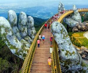 12 جسر من جسور المشاة المذهلة في العالم